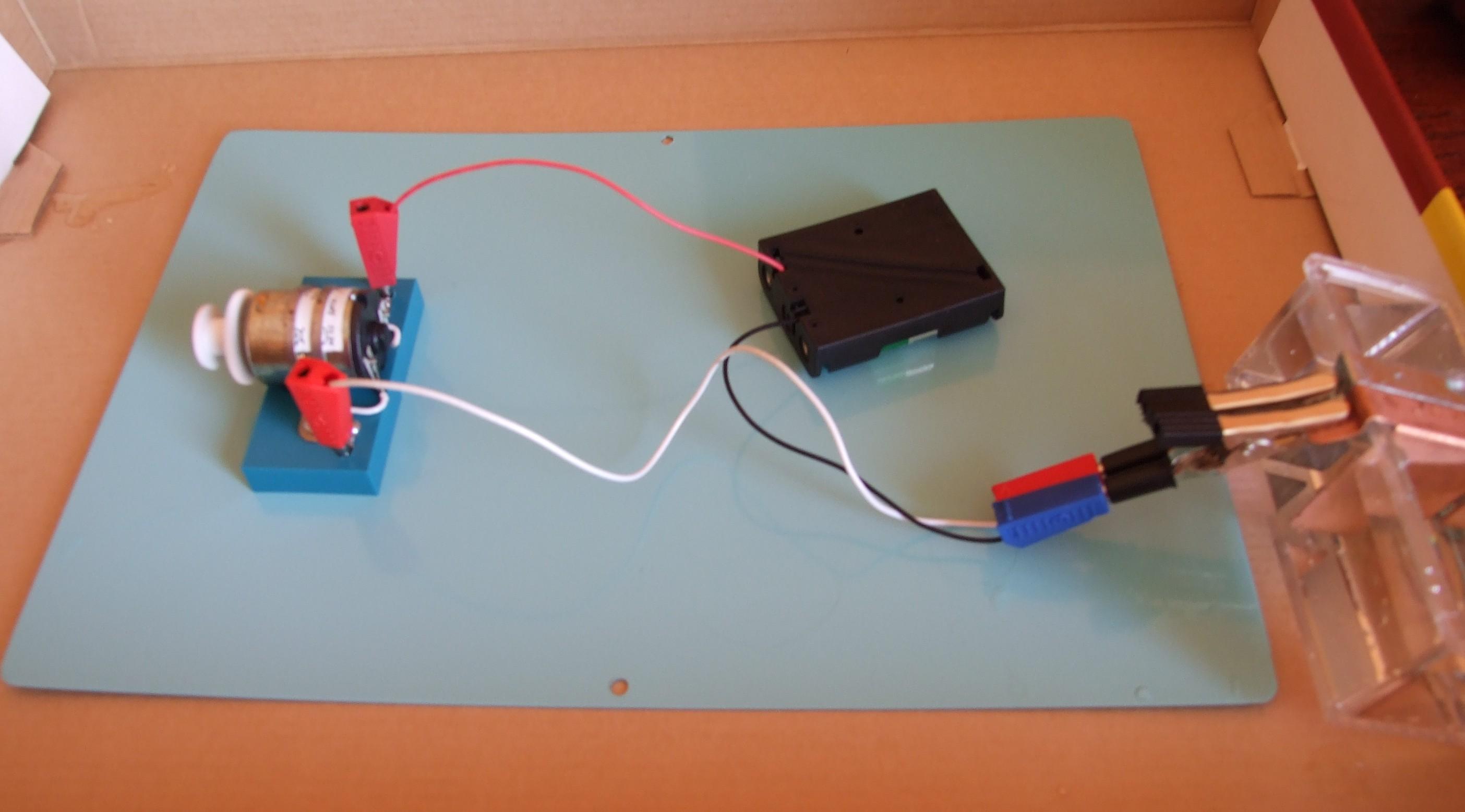 Питание одной батарейкой своими руками 944